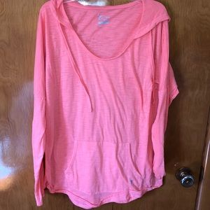Old Navy active long sleeve shirt with hood